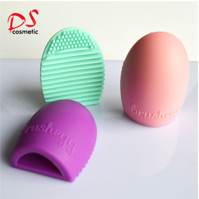 Silicone brush egg