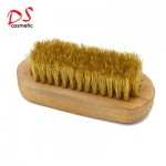 WOOD HANDLE WHITE BRISTLE BEARD BRUSH