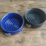 Dishi 2020 black and blue ceramic  circle mug